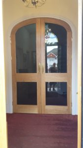 Double curved doors