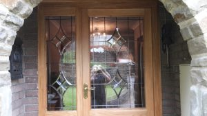 Oak fornt door with side panel 1